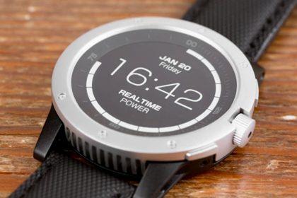 ไม่ง้อไฟฟ้า Smartwatch สุดเจ๋งใช้พลังงานความร้อนจากร่างกาย