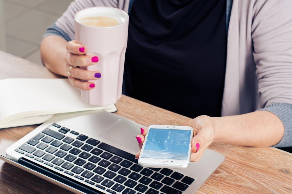 เริ่มต้นธุรกิจอย่างไร ในขณะที่กำลังทำงานประจำ