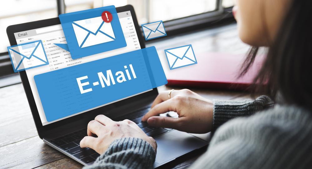 วิธีการส่ง Email หาลูกค้า ยังไงให้เป๊ะ !